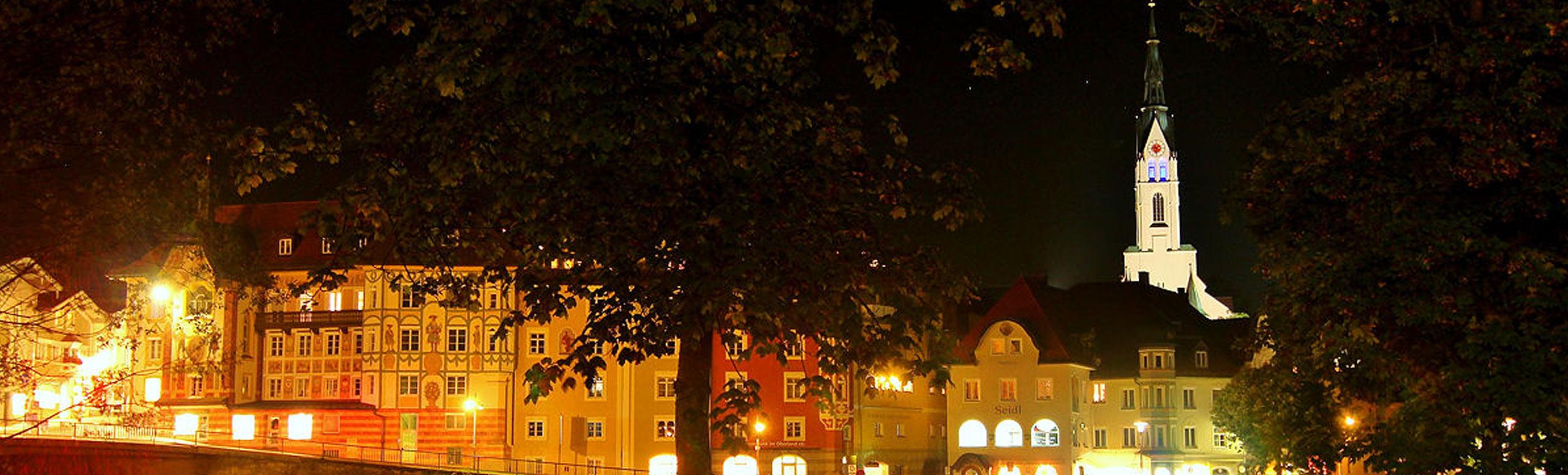 Bad-Toelz-bei-Nacht